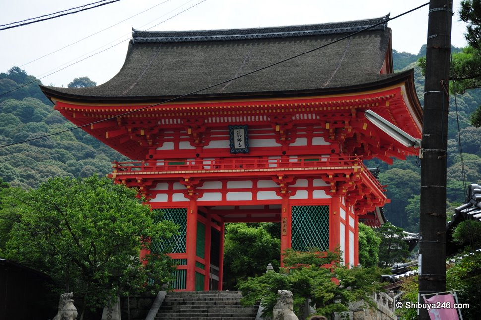 The entrance way to Kiyomizudera. The red paint on this structure really stands out on as you can up the hill and first see it