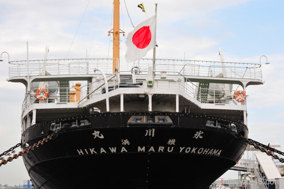 Hikawa Maru Yokohama in Yamashita Park, previously a luxury liner that was in service from 1930 to 1960,  boarded by famous people such as Charlie Chaplin.