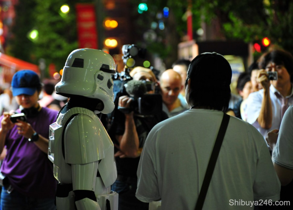 Meanwhile back at the filming, the Stormtrooper proved more popular than the maids