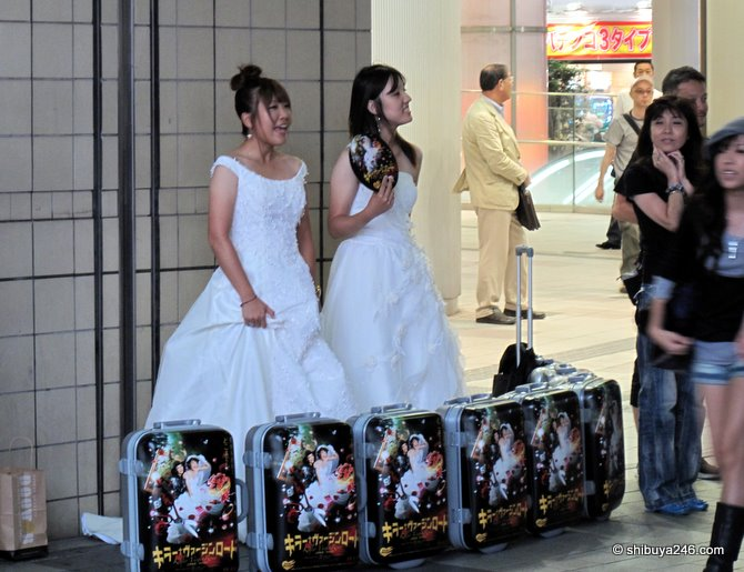 These 2 girls were promoting the movie 'Killer Virgin Road'. Didn't want to get too close when I heard the word killer