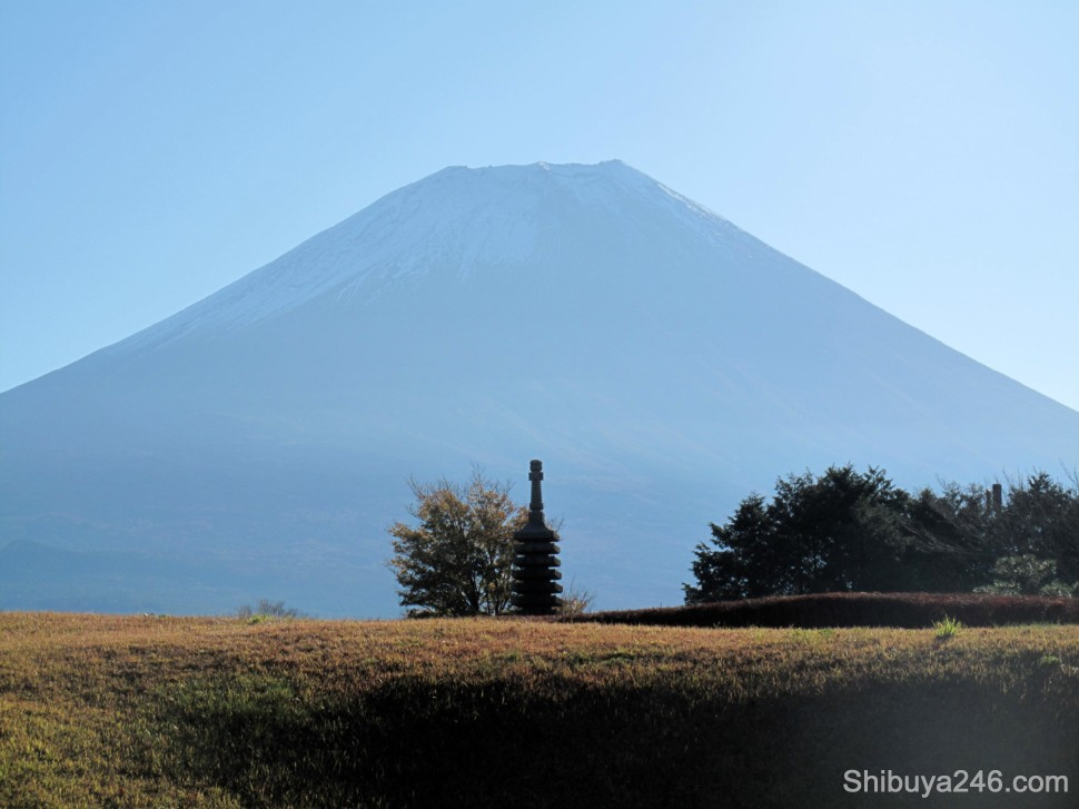 Nice pale blue shadow being cast off by Mt Fuji