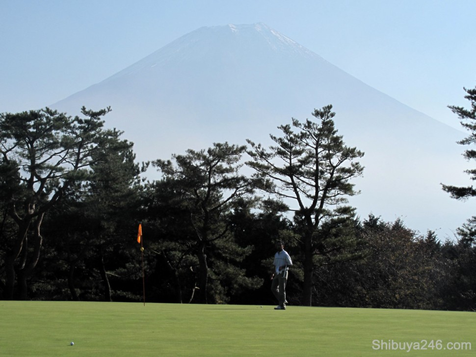 From driving to putting, Fuji-san kept following us around