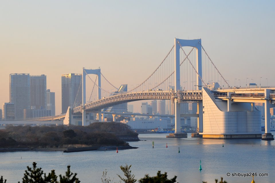 The Rainbow Bridge looking back at Tokyo from Aqua City, Odaiba.