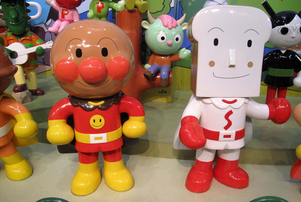Anpanman on the left.