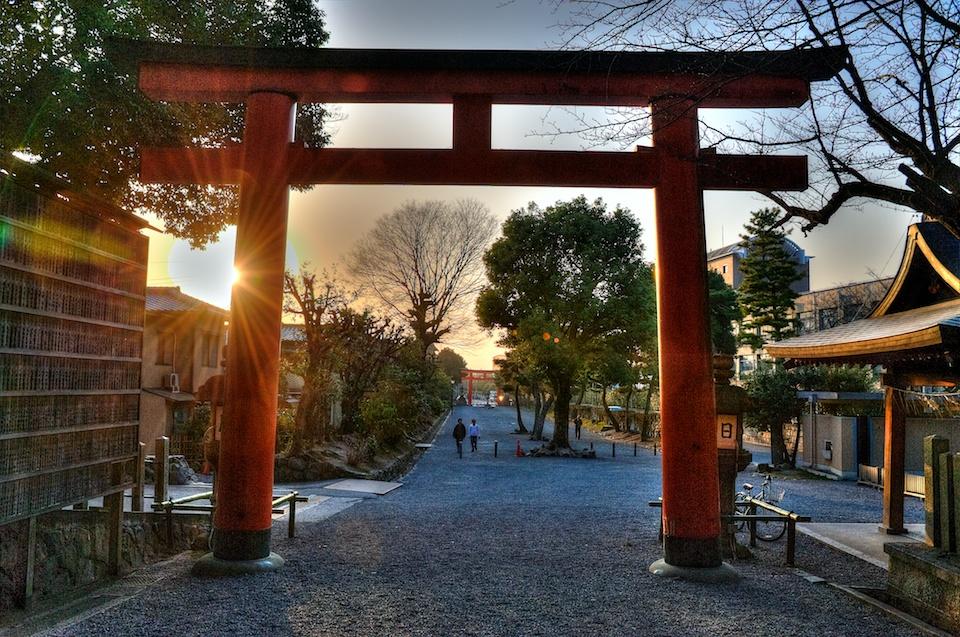 Yoshida Jinja at sunset