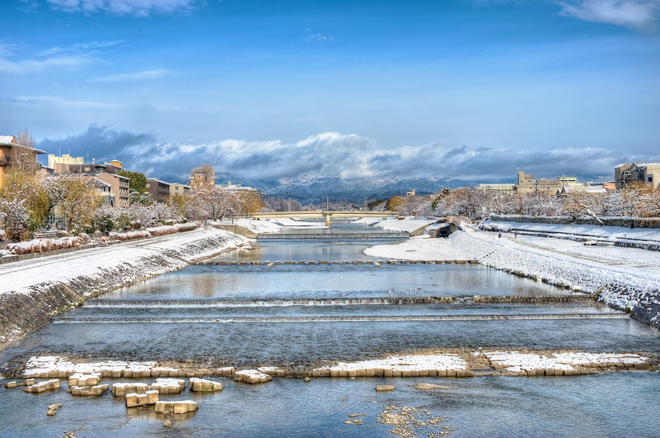 snow on kamogawa kyoto